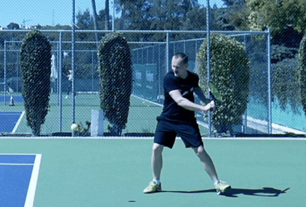How to become a better tennis player